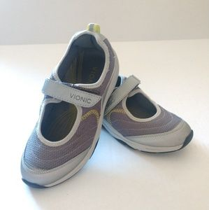 Vionic Women's Silver Grey Mary Jane Tennis Shoe